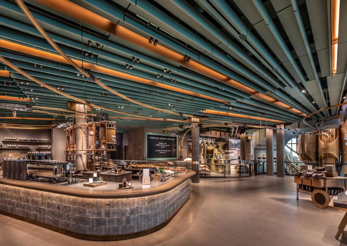 Starbucks inaugura a Chicago la sesta Roastery