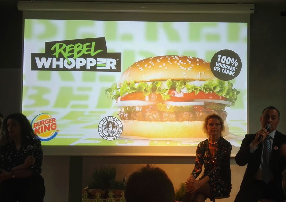 Burger King lancia il Rebel Whopper